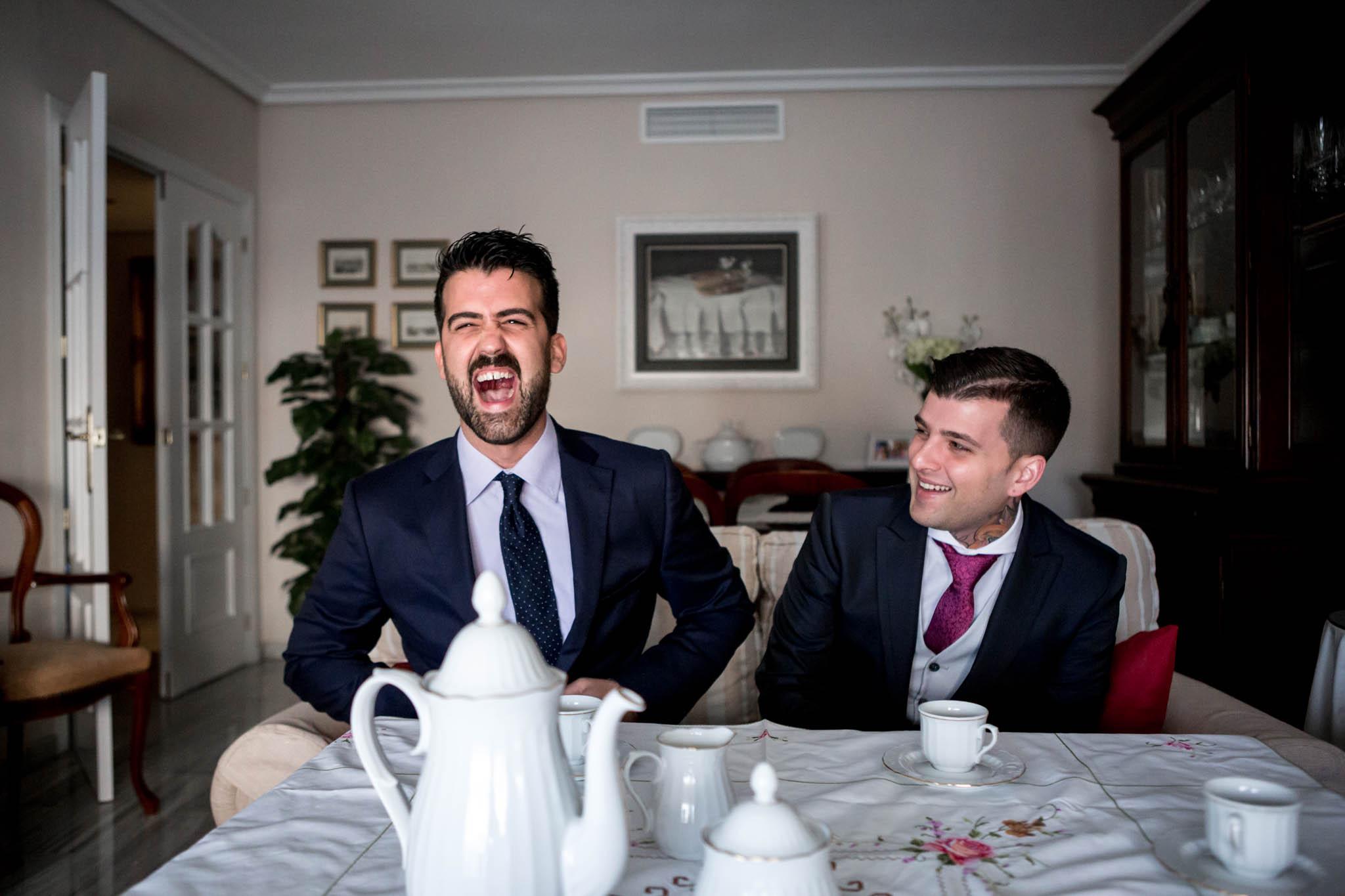 risas en la boda