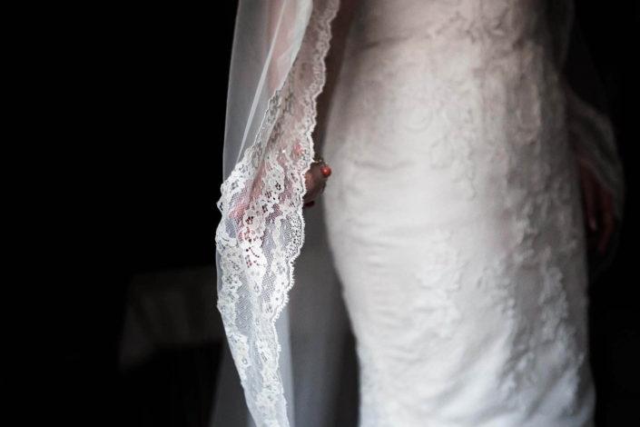 velo-vestido-mano-novia