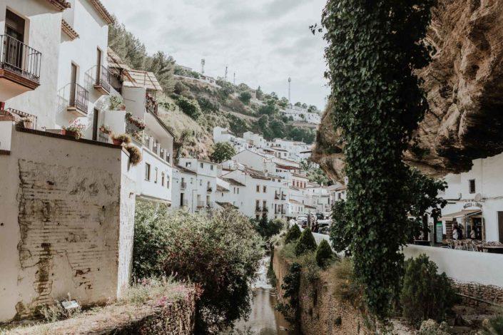 Setenil-de-las-bodegas-Cádiz