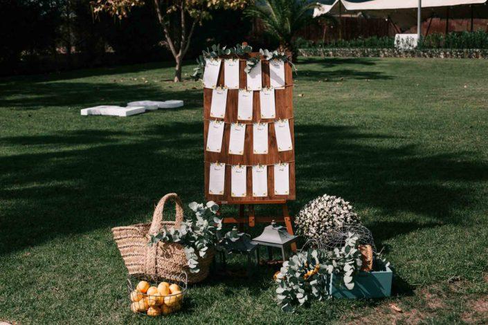 tablon-flores-cesped