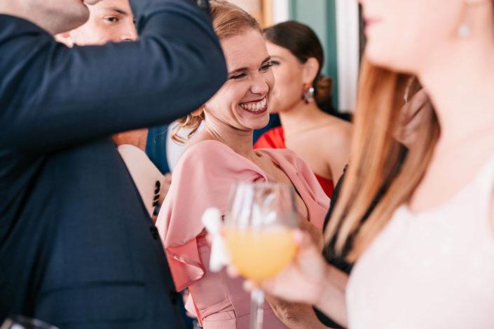 sonrisa-invitada-boda