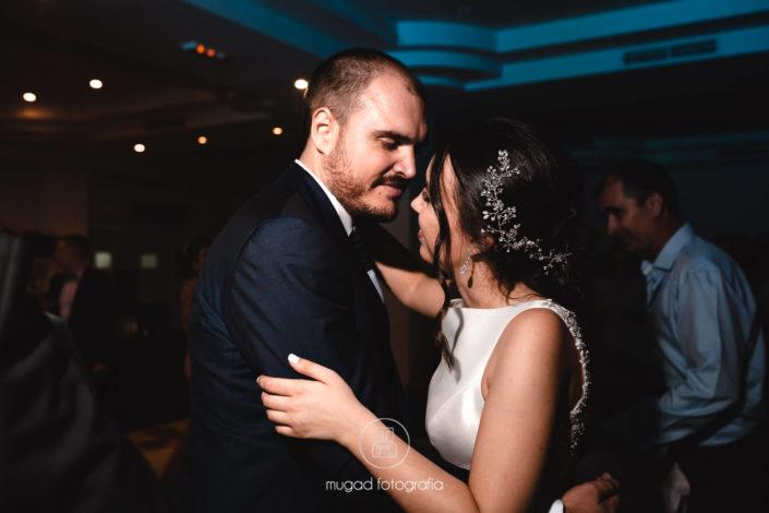 Jose Manuel y Virginia se casan en el barrio