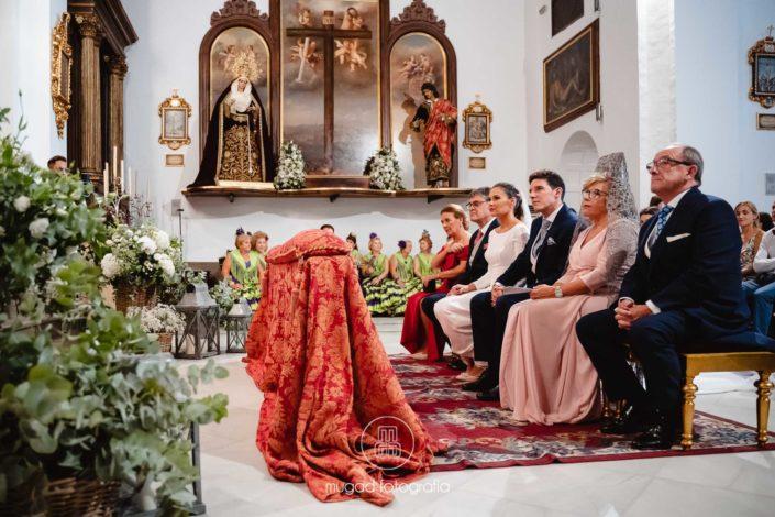 Altar interior iglesia capuchinos