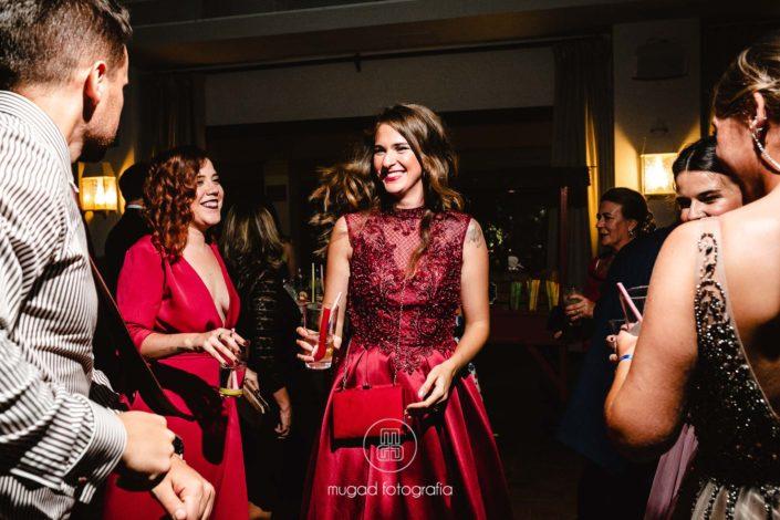 Invitada vestido rojo