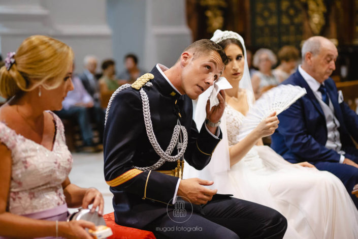 Alfonso-emocionado-en-su boda