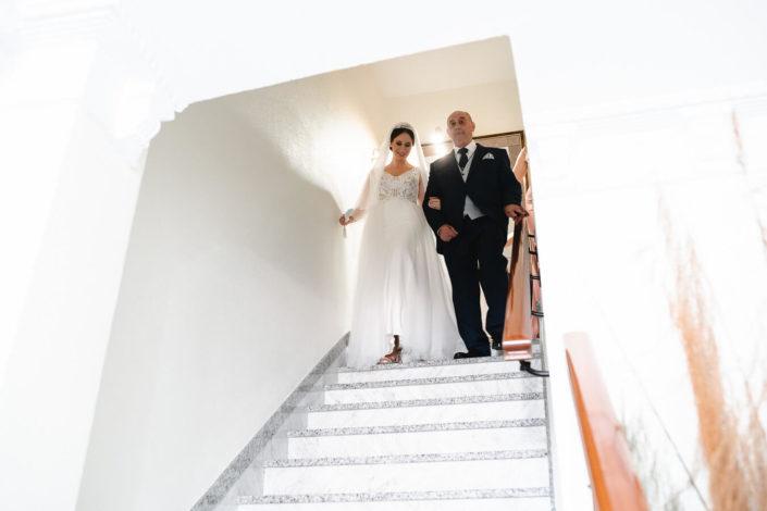 Padrino-bajando-escaleras-Rosa