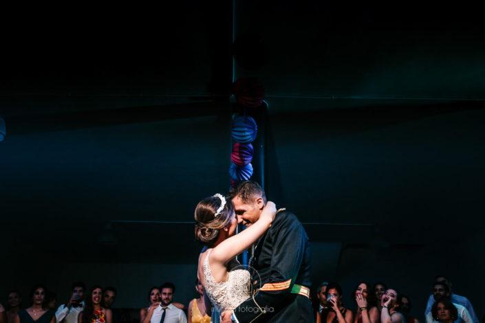 baile-nupcial-abrazados