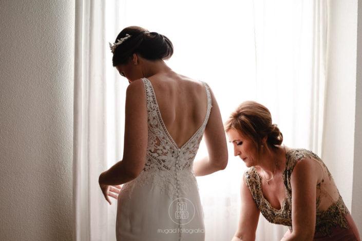 madrina-viste-novia-boda